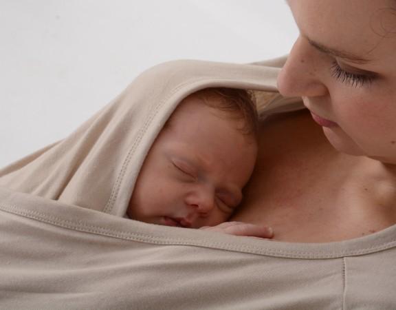Newborn baby Skin-to-Skin